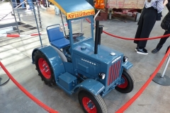 P1400561