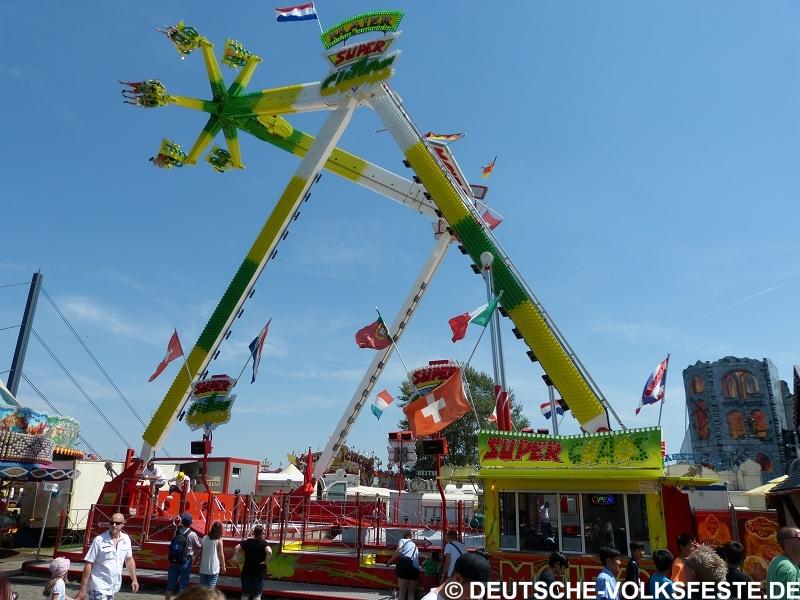 Düsseldorf Größte Kirmes am Rhein 2014